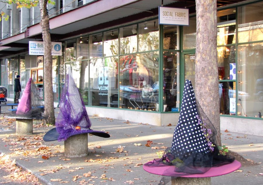giant witch hats on bollards
